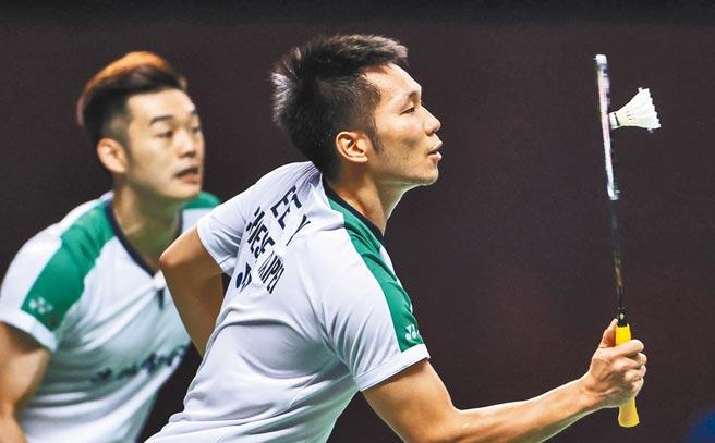 李洋(右)、王齊麟(左)在豐田泰國羽球公開賽勇奪冠軍,連兩周賽事都摘冠。(取自世羽聯官網)