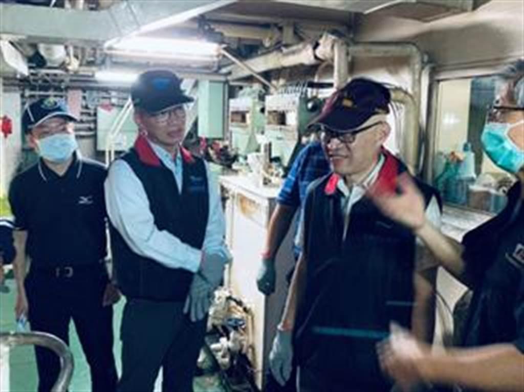 海运客运场站公共安全与营运服务联合督检。(航港局提供)