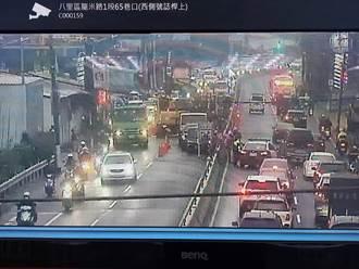 自來水施工致八里大塞車 陳純敬:交維計畫從嚴審查