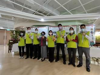 台中區農改場年終成果發表 鐵粉披衣直播種稻超吸睛