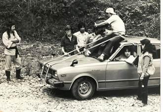 【史話】我家老照片:范金玉2》又綁又拖的攝影十大酷刑