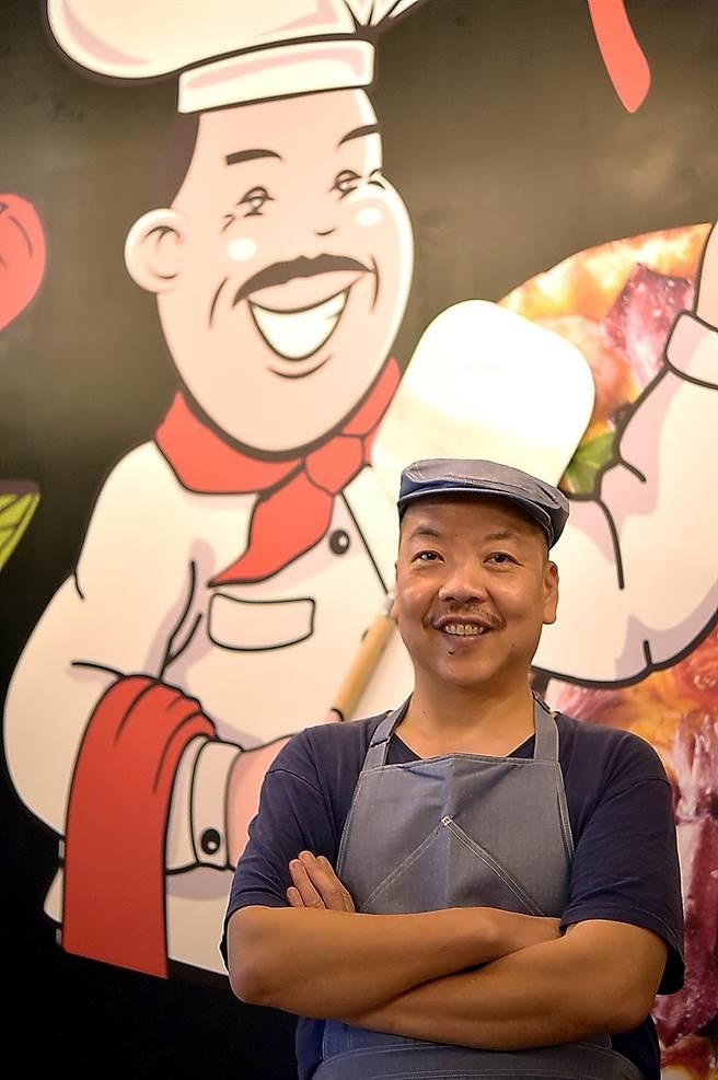 〈Pino Pizzeria〉主廚謝宜榮在台北天母開Pizza店已超過10年,深諳天母人消費習性。(圖/姚舜)