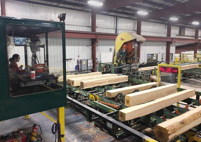 美國製造業復甦比預期更迅速,原物料的需求大增,鋼、鋁、木材等原料成本應聲上揚。圖/美聯社
