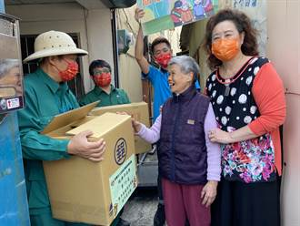 與台中郵局合作 250份愛心年菜送到獨老家