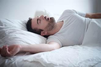 打鼾 睡眠呼吸中止常見的臨床症狀