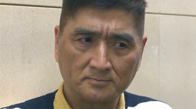 李鳳新當年眉頭深鎖的一幕,成為類戲劇中經典畫面。(照片/陳宏睿 拍攝)
