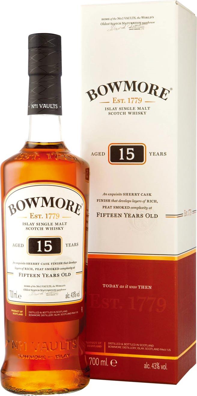 愛買量販獨家銷售「波摩15年單一純麥威士忌」1,000ml/瓶(巨城店未販售),原價:1,750元、特價:1,330元。圖/業者提供