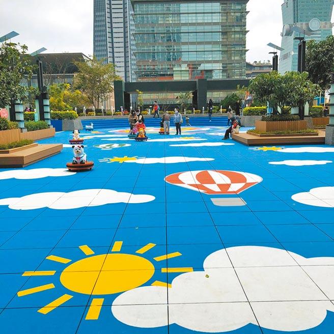 新光三越台北信义新天地A8 4楼户外FUN电公园,首创亲子种菜,体验当城市小农。(新光三越提供)