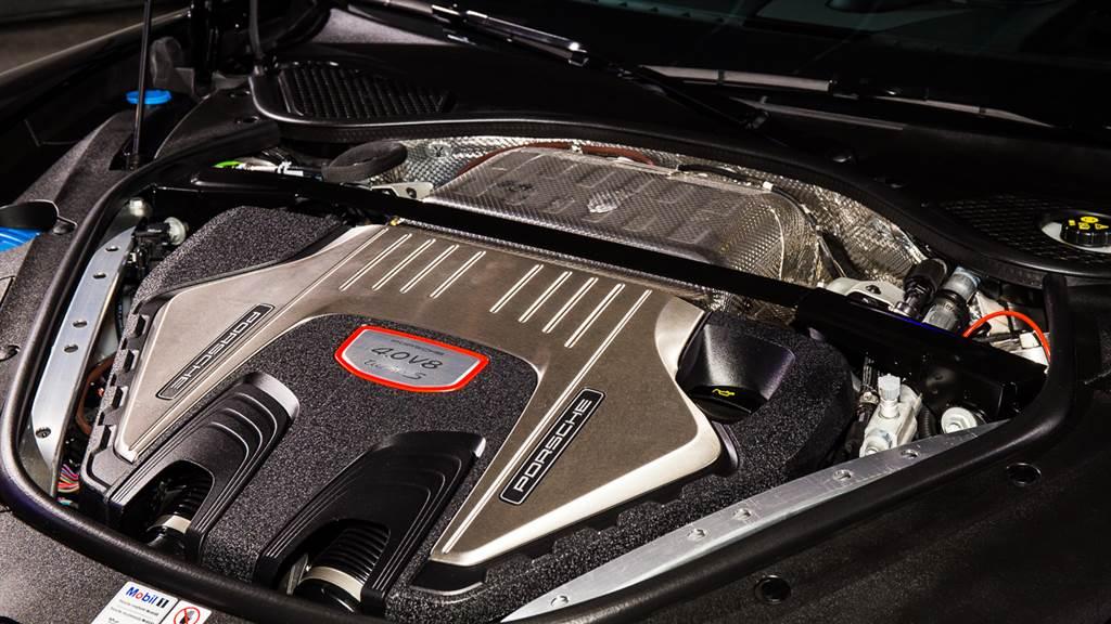 動力為改款重點之ㄧ,儘管各車型皆搭載相同引擎,但輸出有所提升,其中Turbo S最大馬力提升80PS,達到630PS。