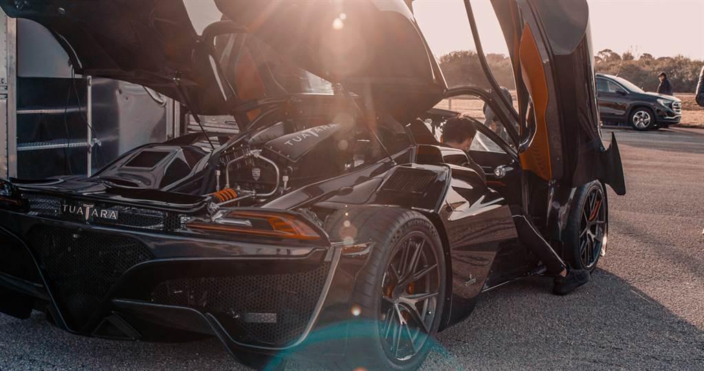 打臉酸民?SSC Tuatara以455.3 km/h奪下最速量產車頭銜
