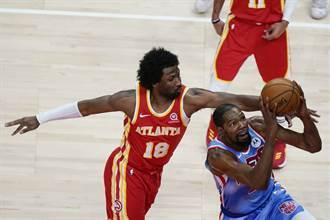 NBA》三巨頭猛轟89分 籃網OT險退老鷹