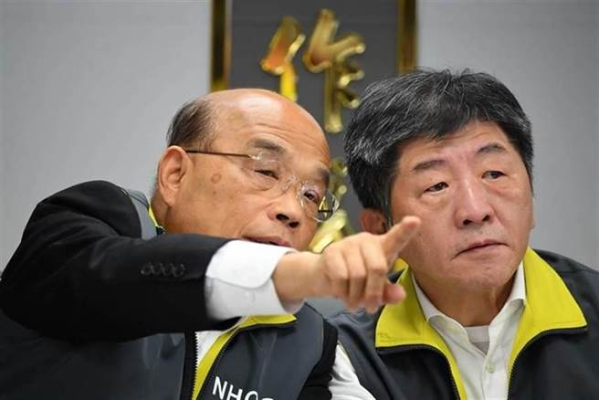 圖為行政院長蘇貞昌(左)、衛福部長陳時中(右)。(本報資料照)