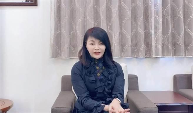 南韩女团「TWICE」台湾成员周子瑜的母亲黄燕玲。(读者提供/李宜杰台南传真)