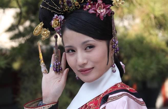 《甄嬛》大反派華妃爆本來是由萬美熙飾演,但因為她懶得試戲,錯失良機。(翻攝自微博)