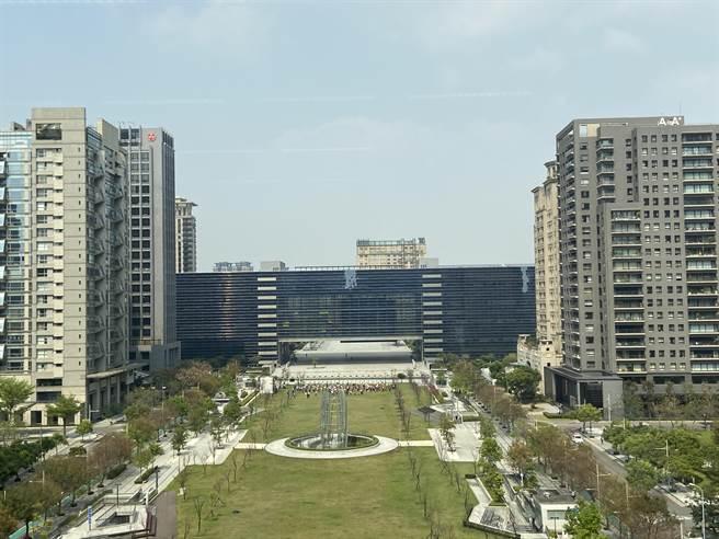 台中人口紅利多,僅次於新北市的第二大都市,2020年預售推案一舉衝破3000億元。(盧金足攝)