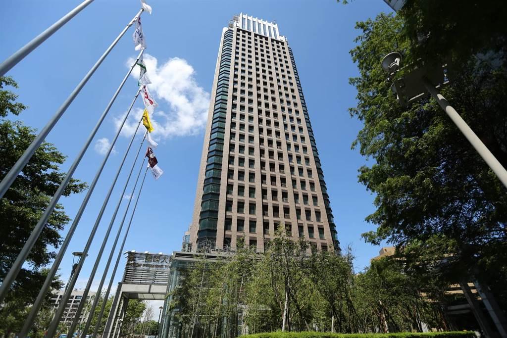 北市信義計畫區辦公室租金仍維持在相對高檔水準,圖為遠雄金融中心。(業者提供)