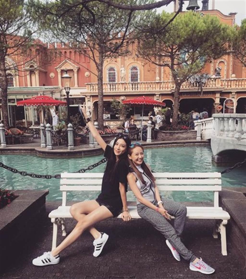 賴薇如和連勝武小三過去常一起出遊。(圖/翻攝自賴薇如Instagram)