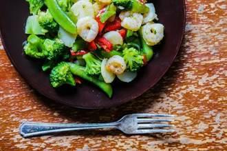 強化免疫 飲食搭配兩種食材+營養素 降低呼吸道感染風險