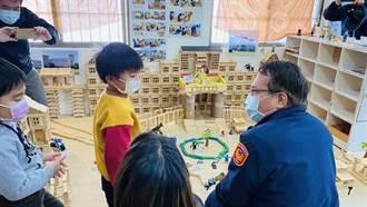 小朋友花2月6千積木蓋警分局摸型 分局長到訪認證直呼:超像