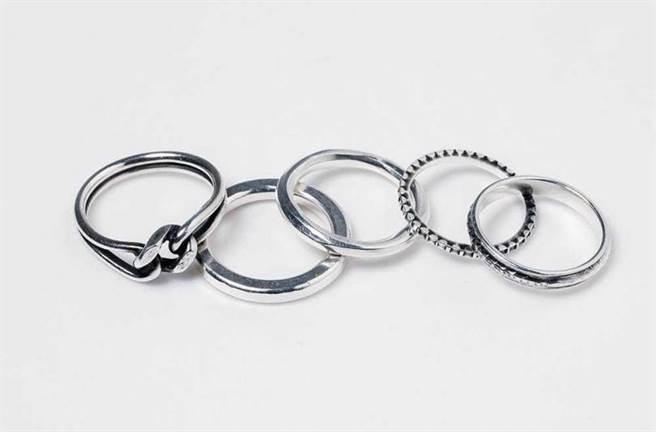 WERKSTATT:MÜNCHEN戒指/約10,000元。(圖/戴世平攝)
