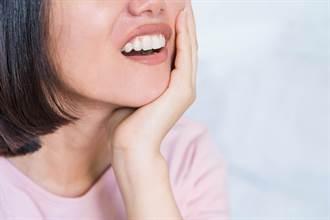 牙周病不一定会痛 医列「9典型症状」别当耳边风