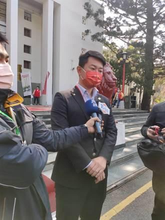 新黨「罷3Q」車隊台中遊行 陳柏惟笑稱:不緊張