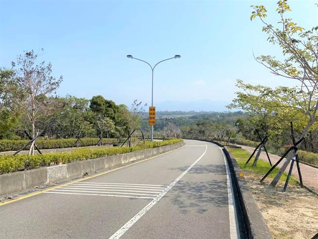苗30線聯大路因地形、道路線形及用路人駕駛習慣不佳等因素,通車以來車禍頻傳。(巫靜婷攝)