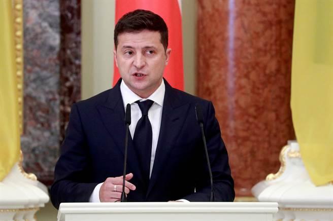 烏克蘭總統澤倫斯基(Volodymyr Zelenskiy)已簽署政令,對北京天驕航空產業投資有限公司(Skyrizon)實施制裁。(圖/路透)