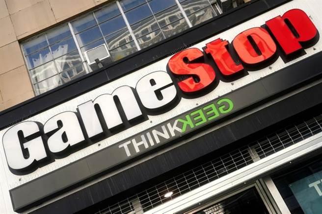 電玩零售商GameStop 等股價近期狂飆,美國上演散戶鄉民打垮對沖基金,在全球引起熱烈討論。