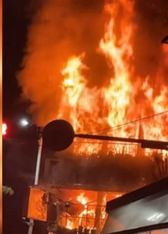 基隆住宅火勢猛烈 現場爆炸聲不斷 樓梯間驚見焦屍(圖/取自我是基隆人臉書)
