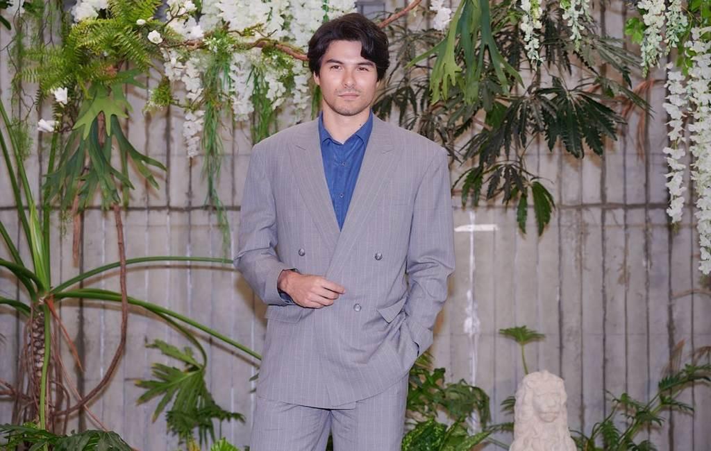 鳳小岳喜當2寶爸。(圖/FB@鳳小岳)