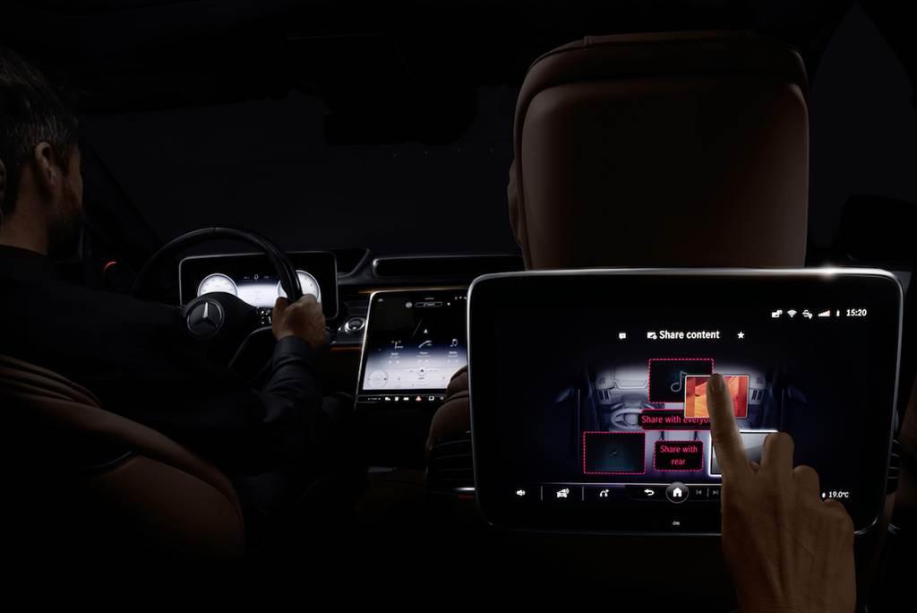 即將於三月初登場,The New S-Class 貼心照顧座艙每一人 新一代 MBUX 智慧科技知心好夥伴