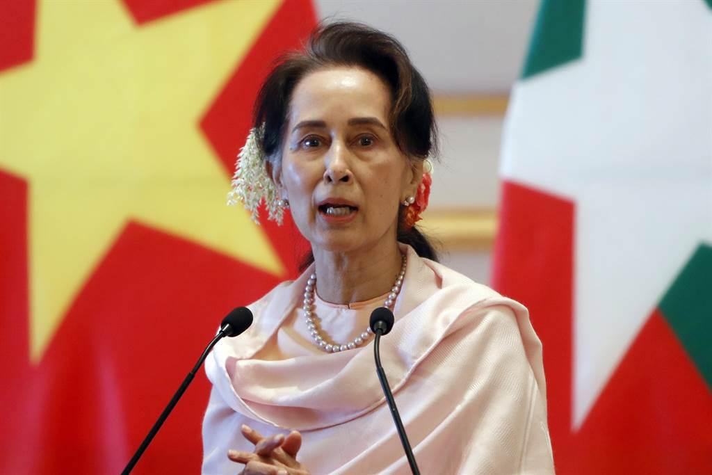 翁山蘇姬(Aung San Suu Kyi)是緬甸獨立英雄翁山將軍(Aung San)之女,出生於1945年。(圖/美聯社)