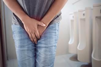 排出血尿不會痛 醫師示警:已罹癌風險高