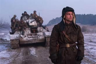 戰鬥民族來真的 還原戰車開砲畫面特效團隊用「這招」