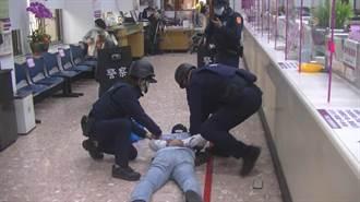 中興警分局防搶劫 96小時拍攝微電影