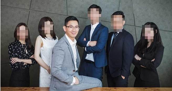 謝榜原2017年接受訪問時,談及自己過去投資日租套房成功故事,當時他還誇下海口,公司將在3年內於香港或美國掛牌上市。(圖/謝榜原提供)