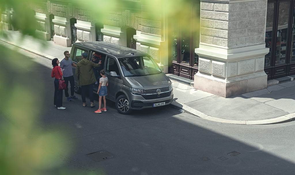 T6.1車系亦獲得德國《Auto Bild》雜誌評選為「2020年年度最佳公務車」肯定,圖為T6.1 Caravelle。