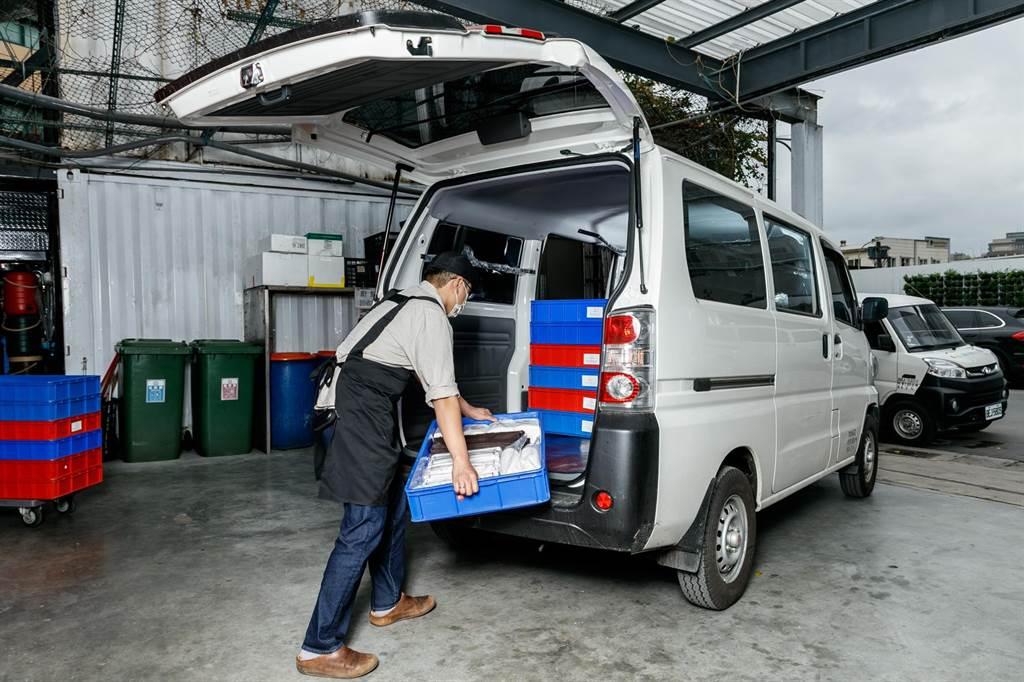 e-VERYCA室內可堆疊的靈活載貨空間也能援助各種需求的外燴訂單。
