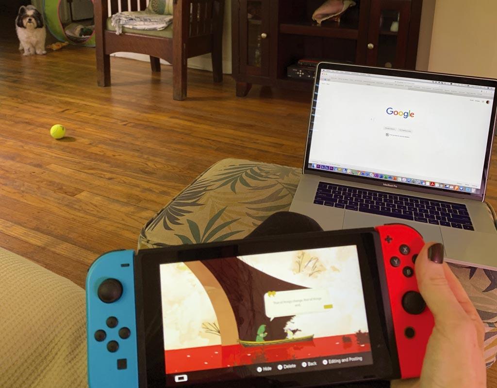 任天堂游戏机Switch一路热卖到年底,预期今年度净利增55%。 图/美联社