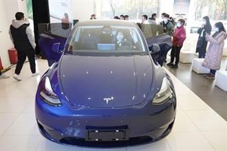 头条揭密》未来电动车王国浮现 陆可望维持数十年产业荣景