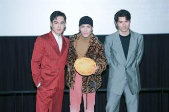 蕭敬騰唱電影主題曲哭腫眼 年終當財神爺撒百萬紅包