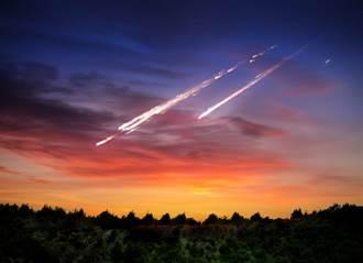 小學操場驚傳隕石墜落 NASA都來關切 校方急揭烏龍真相