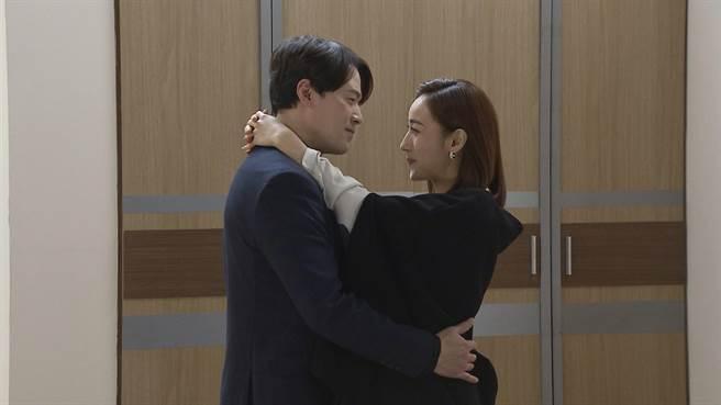 《多情城市》夏宇禾跟黃文星發生婚外情。(民視提供)