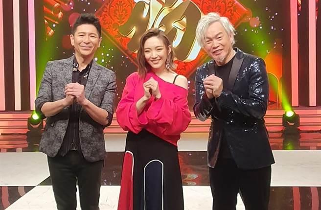 荒山亮、閻奕格、康康在「亞洲心動演唱會」熱唱。(AMM亞洲心動娛樂提供)
