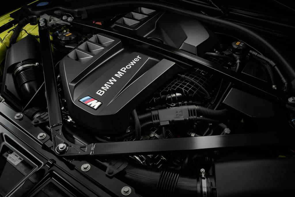 M3/M4搭載全新S58直六引擎,擁有510hp最大馬力。