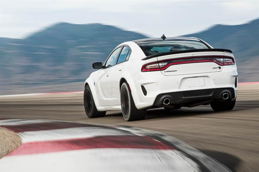 電氣化是唯一救星?Dodge CEO預告V8機械增壓將迎來時代終結
