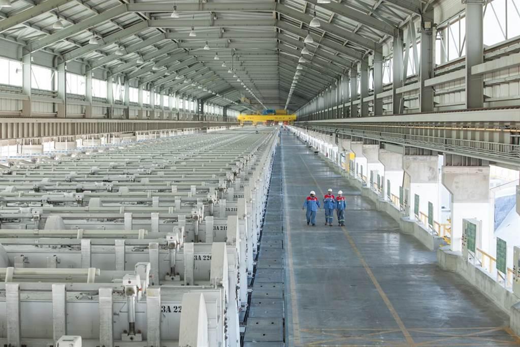 來自沙漠的太陽!BMW集團採購使用太陽能生產的鋁