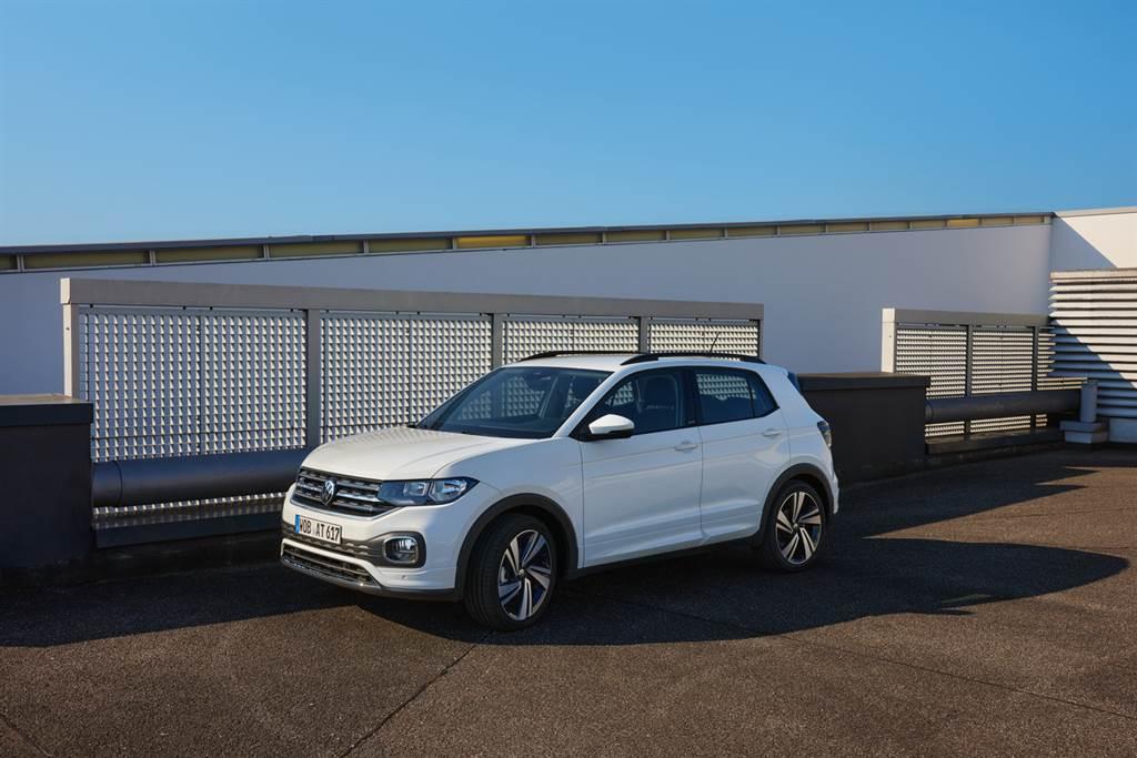入主Volkswagen T-Cross享第一次免費保養 再享高額分期零利率及第五年延長保固