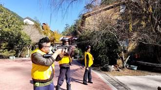 避免獼猴騷擾 武陵櫻花季前漆彈槍驅猴5天524隻